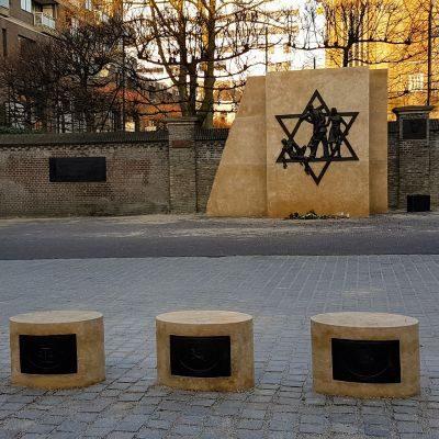 Joods monumnet rabbijn maarsenplein 400
