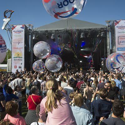 DEN HAAG - 5 voor 5 moment op het Bevrijdingsfestival op het Malievels in Den Haag. FOTO EN COPYRIGHT HENRIETTE GUEST