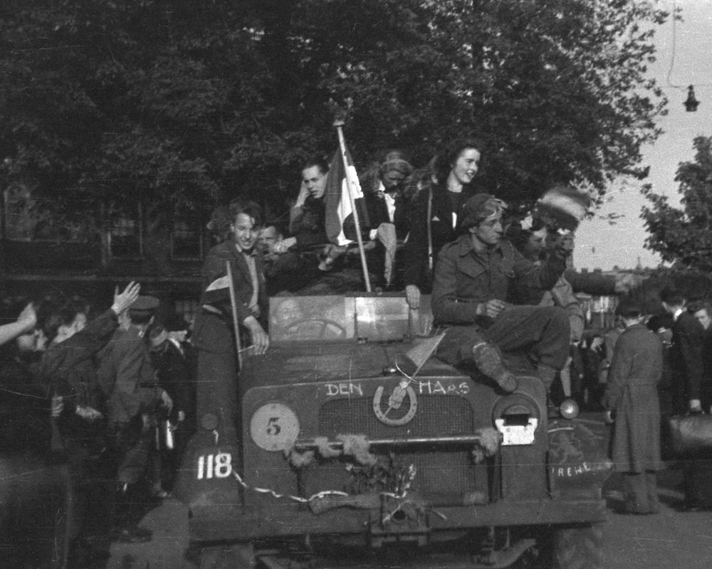 Herdenking en defilé 75 jaar bevrijding