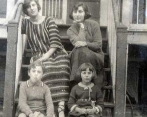 Streams: Open Joodse Huizen